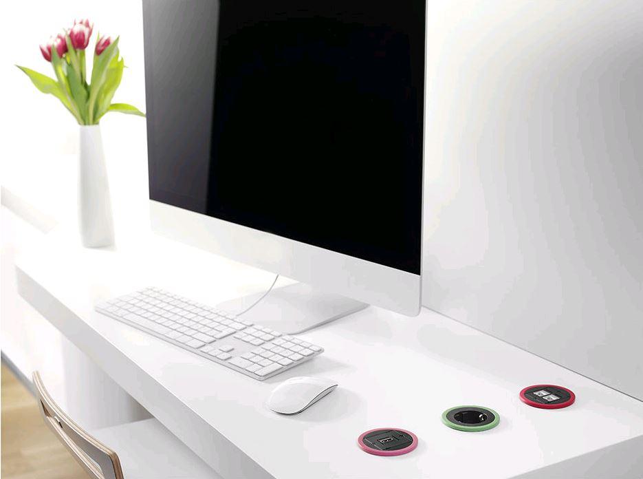 elektrificatie - USB charge - stroom - telefoon opladen - pix - doorvoerpot - ergonomie