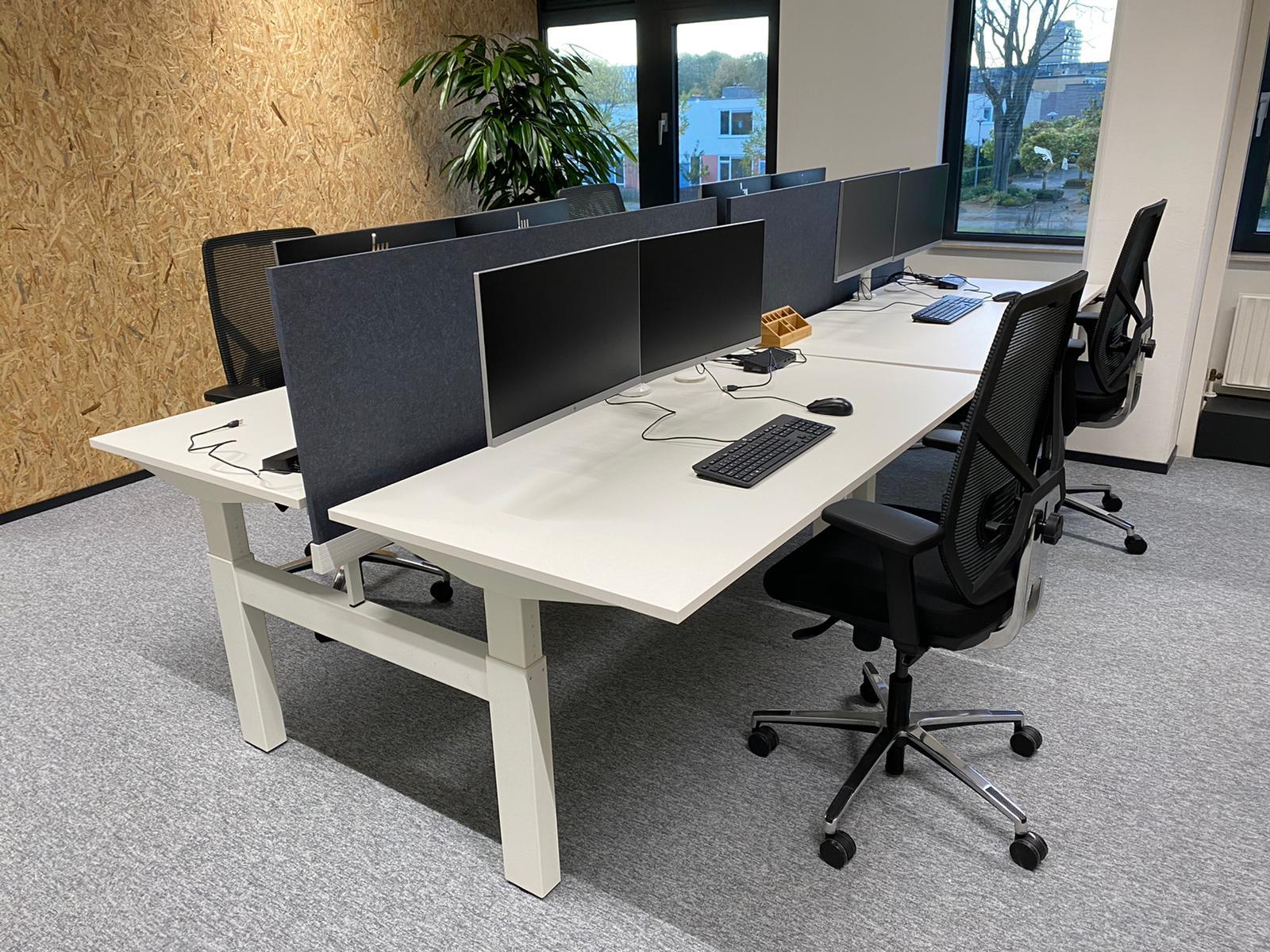 kantoorinrichting - akoestische panelen - kabelmanagement - akoestische elementen - monitor stand 2 monitoren