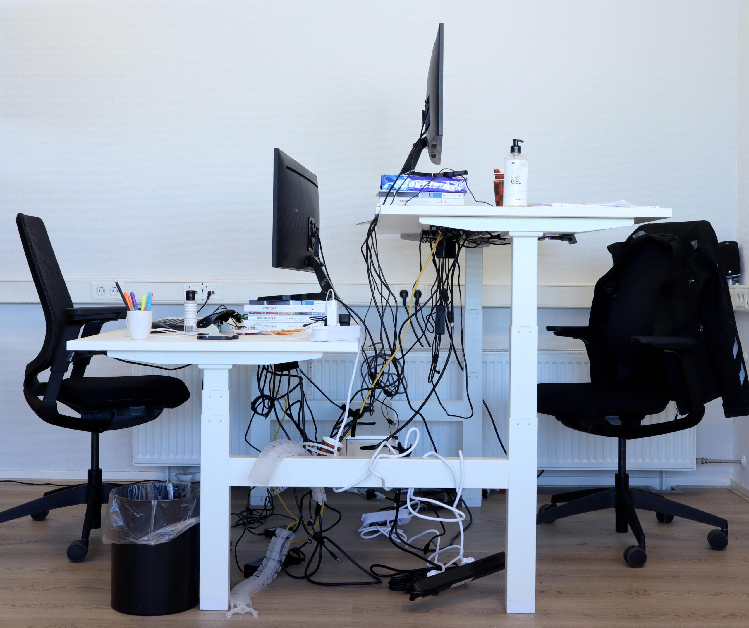 kabelmanagement - before photo