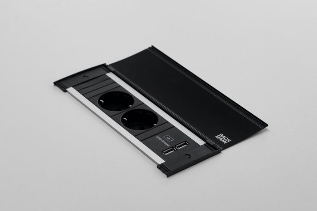 Bachmann - elektrificatie - USB charge - stroom kabels - elektrische bekabeling